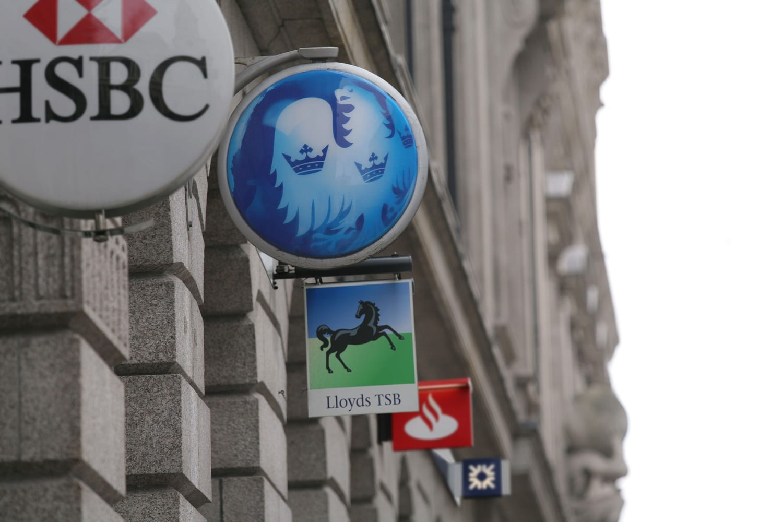 high-street-banks-signs