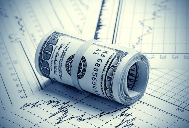 Dollar trading