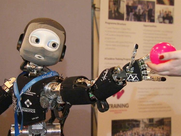 socially intelligent robot